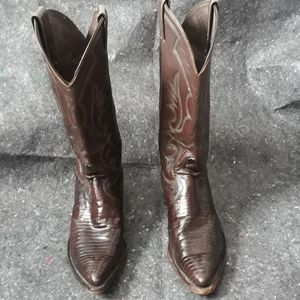 Cowboy boots, chocolate brown, in good condition